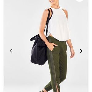 Fabletics Green Jogger Pants Sz L